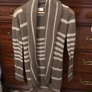 RD Style long Sweater. Size S/P/P